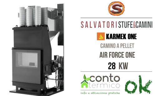 Camino a pellet 28 kw Karmek modello Air Force One