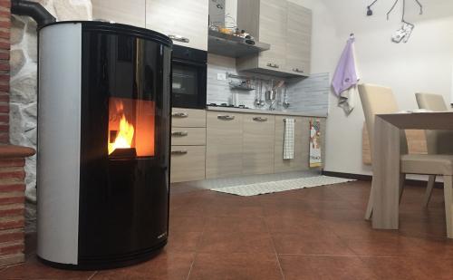 Salvatori 2000 vendita stufe a legna pellet termostufe - Installazione stufe a pellet idro ...