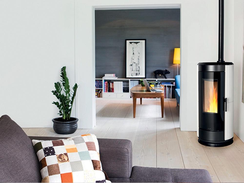 stufa a pellet ravelli modello natural 11. Black Bedroom Furniture Sets. Home Design Ideas